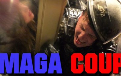 UNBELIEVABLE Footage | Trump Supporters Battle Cops Inside the Capitol, CRUSHING Bleeding Cop